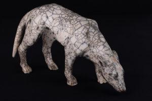 chien podenco apparaissant sur le tableau de Gaugain Arearea [Joyeusetés]